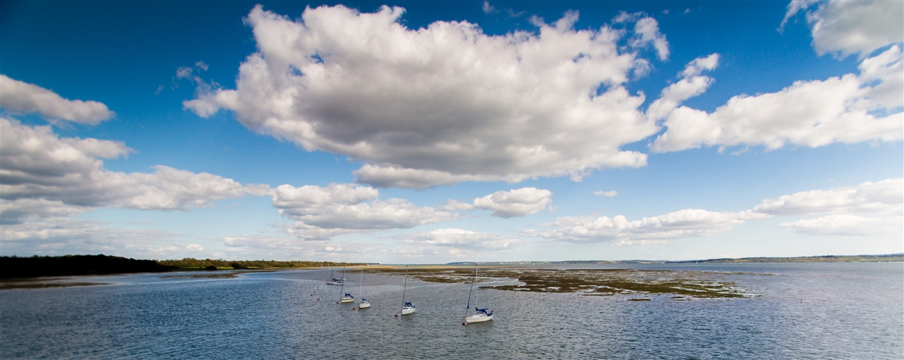 Boote vor der Küste der Isle of Wight