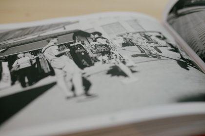Marktgeschehen im Buch über Riga